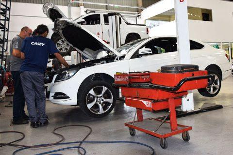 Imagen Taller Automotriz - Auto Mercedes Benz