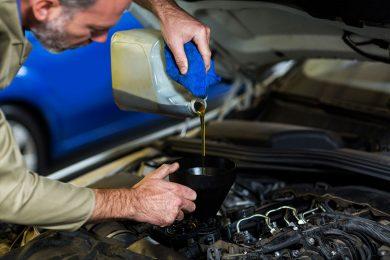 Una introducción a los aceites para automóviles