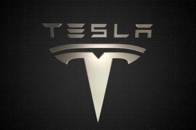 El Tesla más usado del mundo llega a los 900.000 kilómetros